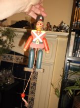 VINTAGE COLLECTABLE SMALL WOODEN SOLDIER PULL STRING ARMS MADE IN AUSTRIA
